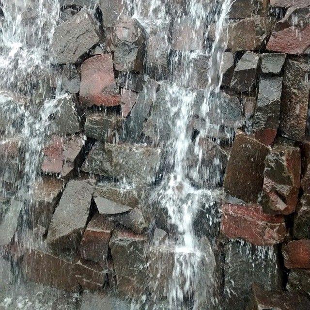 Monumento a las Cataratas del Iguazu sobre 9 de julio, Capital #waterfalls #gravityfalls #niagarafalls #falls #fallstyle #fallseason #ChasingWaterfalls #victoriafalls #multnomahfalls #yosemitefalls #iguazufalls #SiouxFalls #idahofalls #greatfalls #MysticFalls #thewolfofallstreets #twinfalls #niagrafalls #waterfallsfordays #bridalveilfalls #mcwayfalls #princeofallsaiyans #kawasanfalls #NiagaraFallsCanada #fallscreek #thefalls #paradisefalls #wichitafalls #fallschurch #gravityfallsdipper