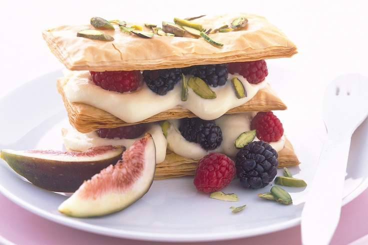 White chocolate mousse and pistachio mille-feuille