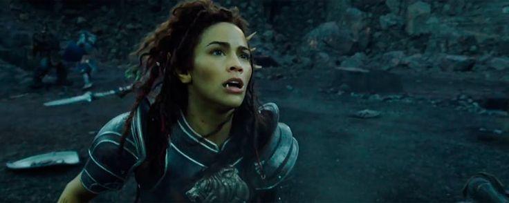 Noticias de cine y series: Warcraft: El origen: Conoce a Garona y la posada Orgullo de León en los nuevos avances