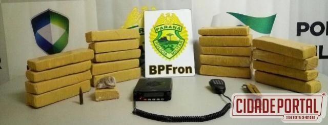 Polícia Militar através do BPFron detém suspeito, recupera motocicleta e apreende maconha em Guaíra