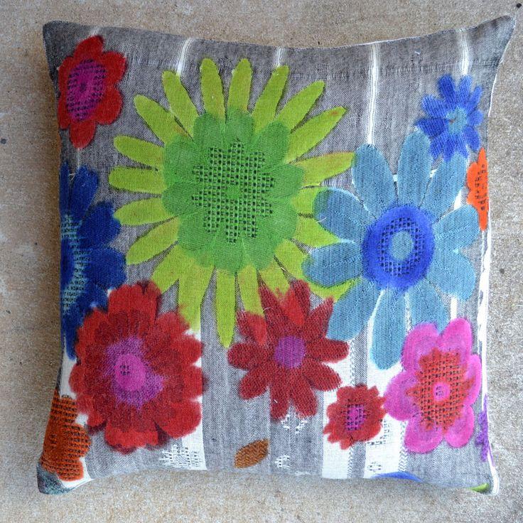Flora-Grey/Multi 20x20 Pillow [#2048]  Goemdee