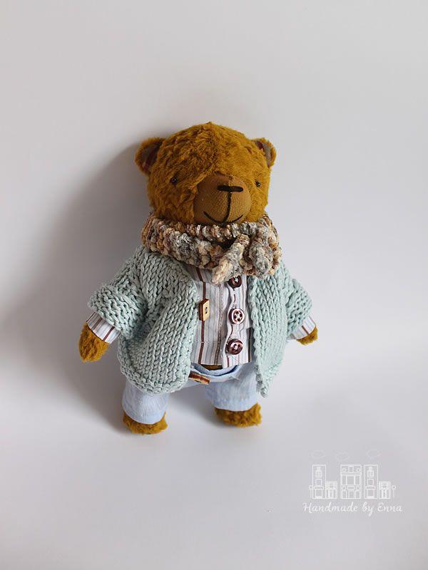 Axel – 8 inches (21 cm), One of a Kind  Artist Teddy Bear by Handmade by Enna