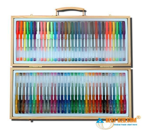 AHHHHHHHH! So many! I want a pack of gel pens like that!
