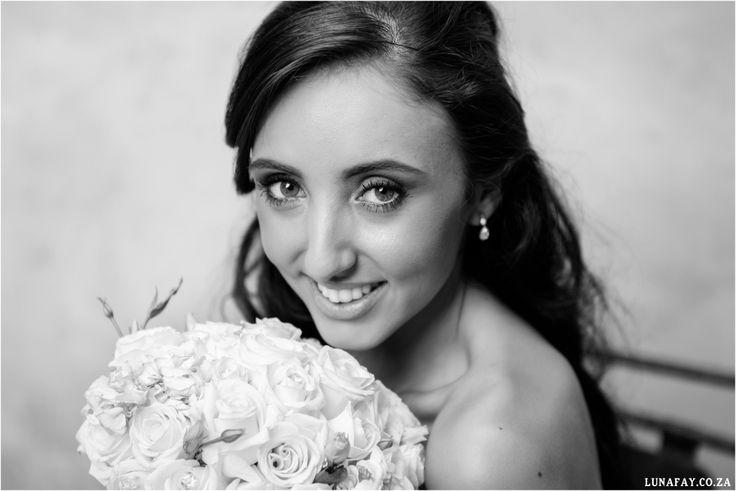 Elegant White wedding, french touch, Wedding Photography South Africa, lunafay.co.za Bride Portrait
