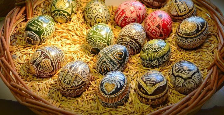 Velikonoční svátky  mají svůj původ v pohanském náboženství- vítání jara. Oslavovalo se znovuzrození přírody, návrat její plodnosti. I dnes...
