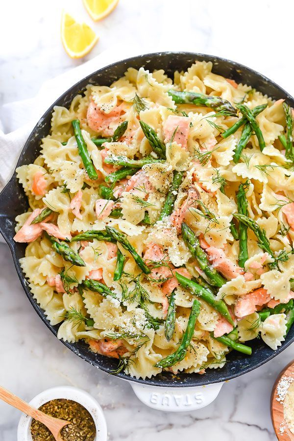 Creamy Bowtie Pasta with Salmon and Asparagus