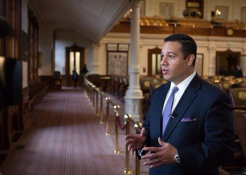 """Tx State Rep Jason Villalba (R-Texas) has found himself at the center of controversy after filing a bill that would make it a crime for bloggers and independent journalists -- as well as regular citizens -- to film police officers. Despite the backlash from free speech advocates, Villalba is insisting that his bill """"does not infringe on constitutional rights"""" or """"limit liberty in any way."""" - BREITBART"""