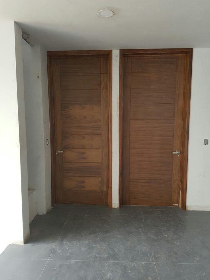 Puertas en parota