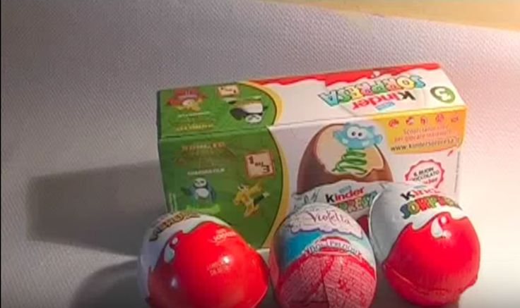 unboxing eggs surprise.