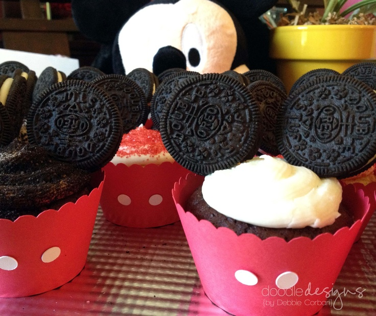 17 best ideas about mickey mouse cake decorations on for Angelica cake decoration