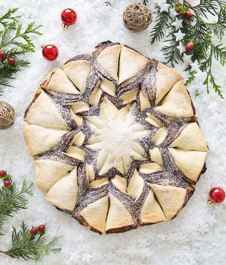 Tarte flocon de neige, livre Gâteaux de Noël de Marie-Laure Tombini, éditions Mango