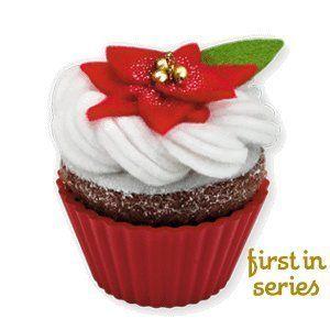 Hallmark 2010 Oh, so Sweet! Ornament 1st in Series by Hallmark, http://www.amazon.com/dp/B003U52L18/ref=cm_sw_r_pi_dp_6hF7pb07B0MTZChristmashallmark Ornaments, So Sweets, Ornaments Collection, Hallmark Christmas, 2010 Christmas, Cupcakes Serieschristma, Christmas Ornaments, Christmas Cupcakes, Cupcakes Rosa-Choqu