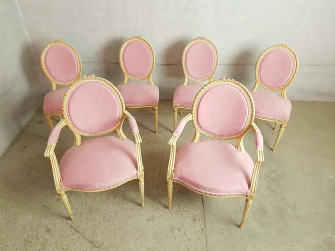 Set Of 6 Antique French Louis Xvi Restored In Pink Dining Chairs 2 Armchairs 4 Side Chairs From Barn 51 Vintage Of Astoria Ny Attic Pink Dining Chairs Dining Chairs Pink Dining Rooms