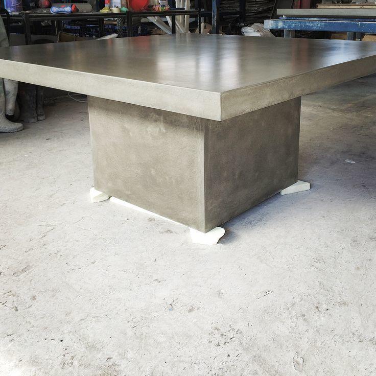 Столы из бетона на заказ бетон трактор