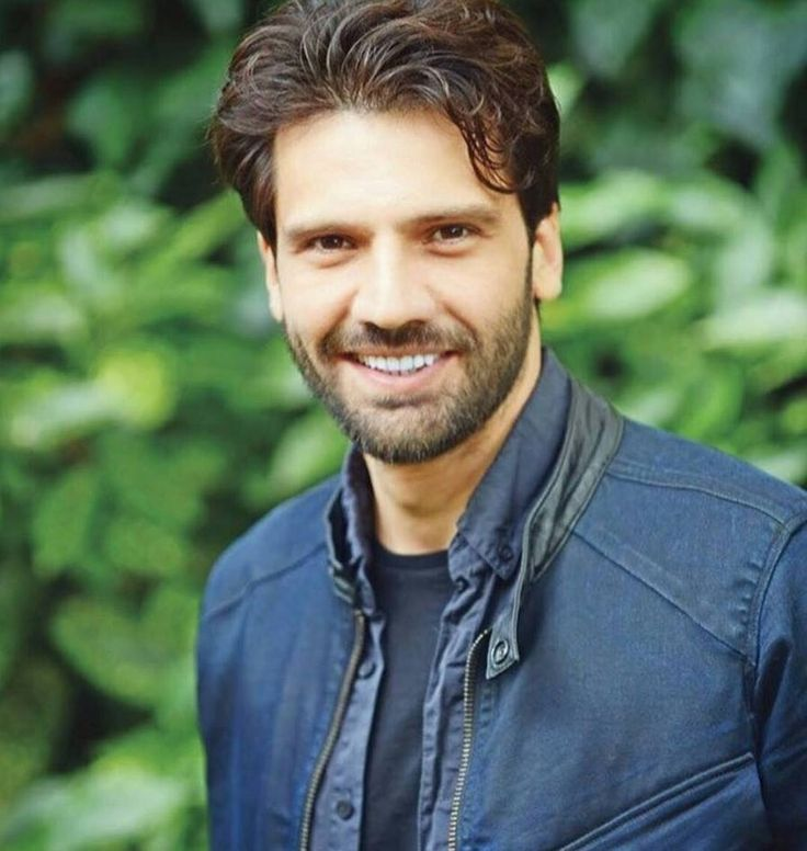 Kaan Urgancıoğlu : he has to hide this nice smile in the series,but it is a heartwarming smile .