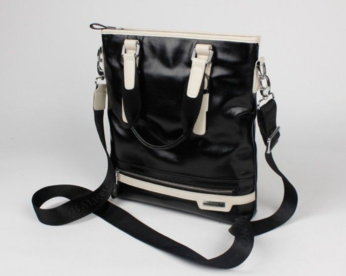 Black Leather Messenger Bag for Men Click Here to Shop Quality Leather Messenger Bags http://www.tuccipolo.com/for-men/mens-leather-bags