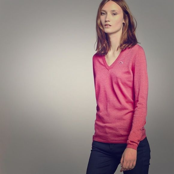 Lacoste pink sweater Pink sweater with small alligator logo. Size 34 Lacoste Sweaters V-Necks