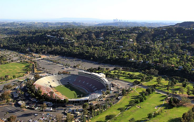 Rose Bowl Stadium. See where the grounds back up to Brookside Golf Course bottom right? OShop opened there Nov 2017 to benefit CSArts Integrated Arts. Couldn't believe our back view was the golf course where my dad was semi pro for years.