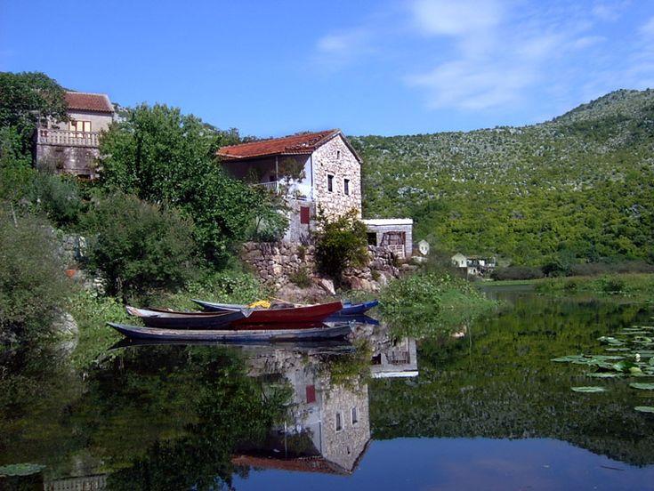 The morning on Skadar Lake through the eyes of venus