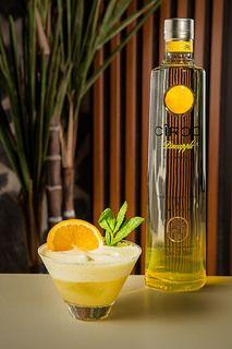 La botella del CîrocPineapple y el coctel http://blogs.periodistadigital.com/elbuenvivir.php/2015/06/24/p369817#more369817