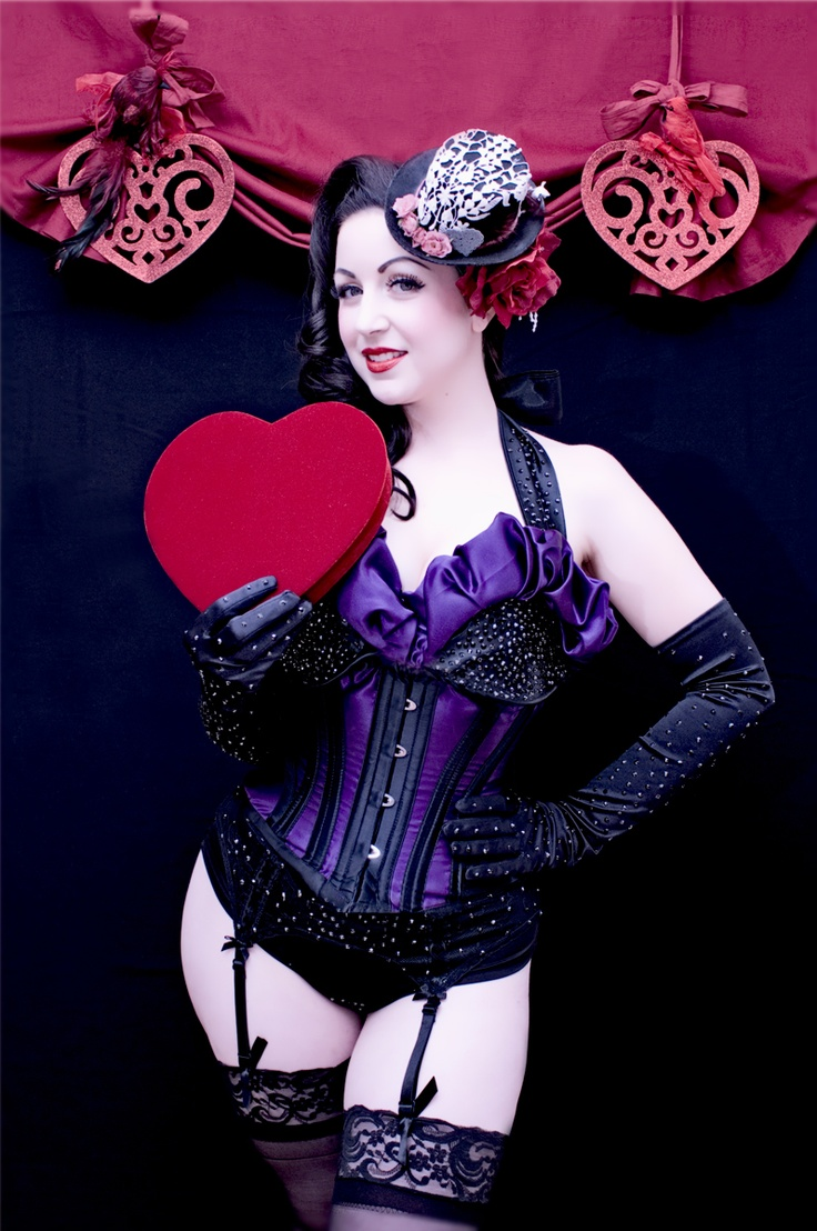 Sophia Sirena , sweetheart session   copyright Mila Reynaud