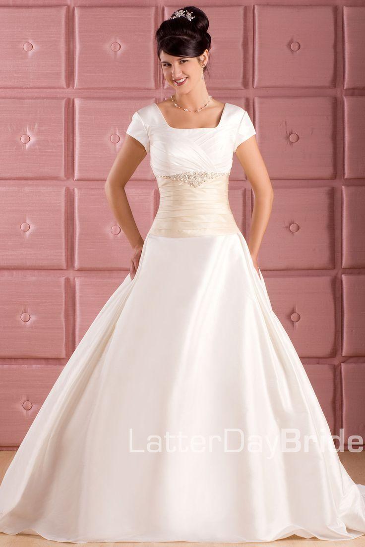 18 best My Style images on Pinterest | Wedding dressses, Short ...