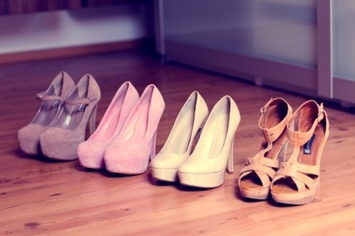 These are the heels of my sister, she loves collecting
