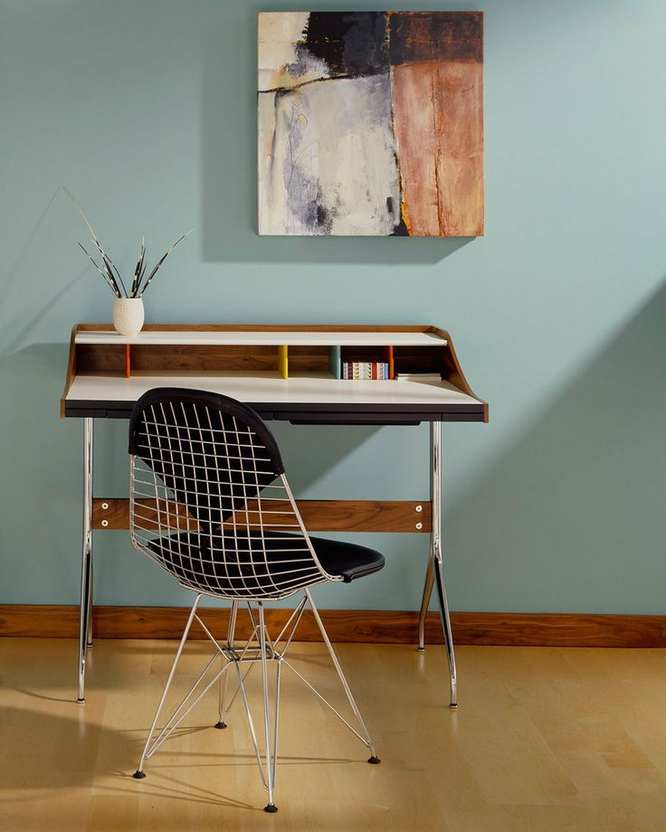 Wire Chair DKR Stol | Design: Charles & Ray Eames | Licensed reproduction by Vitra