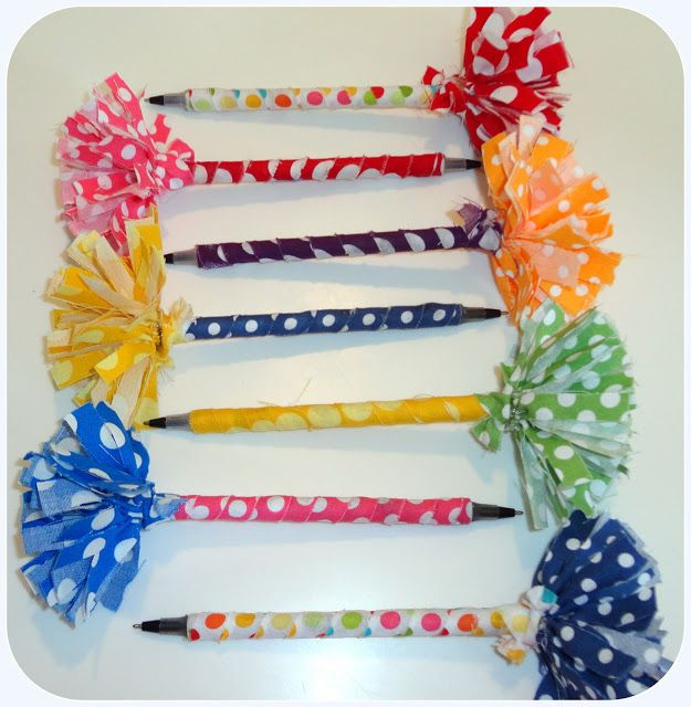 I thought this would be fun for jae and her friends at a back to school party! Perfect Back To School ! So Cute !!  DIY:: Pom Pom Pens Tutorial