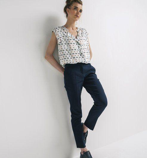 les 25 meilleures id es concernant pantalon bleu marine femme sur pinterest petit ami marin. Black Bedroom Furniture Sets. Home Design Ideas