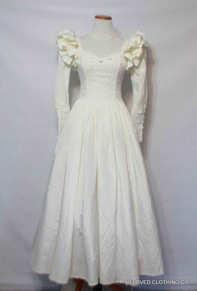 475 best upcycled women 39 s clothing images on pinterest for Jessica mcclintock gunne sax wedding dresses