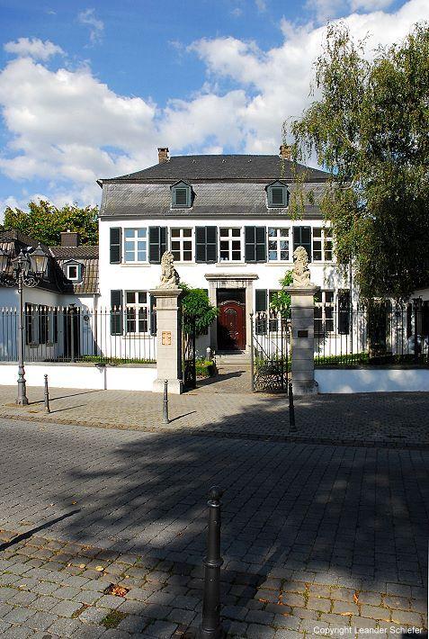 Cool Niederrhein Haus Spiess am Franziskaner platz stammt aus franz si scher Besatzungszeit