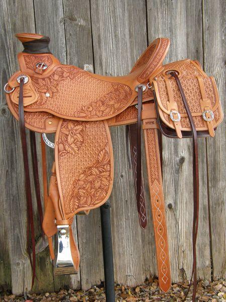 Pedro Pedrini custom saddle #28