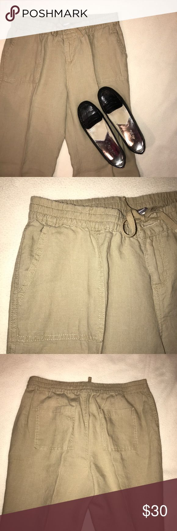 JCP Wide Leg Linen Pants These khaki colored pants are wide leg and 100% linen. They are a loose and comfortable fit. Great condition! They have open front and back pockets. A button, zipper and drawstring to tighten and loosen pants for the perfect fit. ✅OFFERS ❌TRADES jcpenney Pants Wide Leg