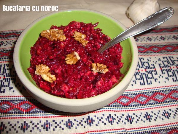 Salata de sfecla rosie cu nuci si usturoi - Bucataria cu noroc