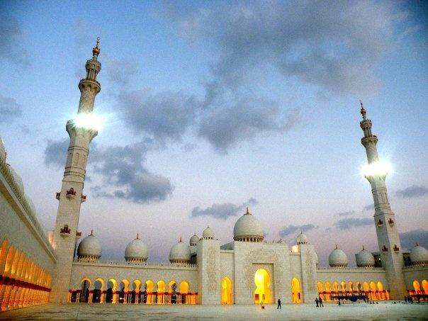 #DUBAI #ABUDABI #UAE #mosque #religion