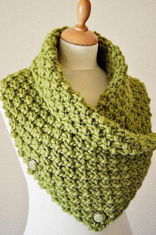 Chunky Knit Neck Warmer - via @ Craftsy.com; Knitting - Skill level 1 of 5; $4.50 for pattern/instructions