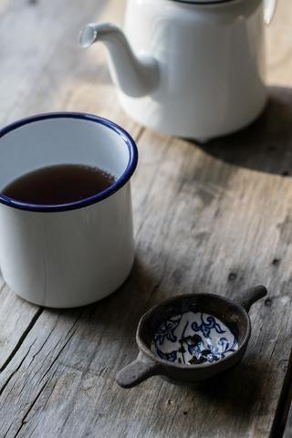Sasha Jury-Radford ceramic tea strainer