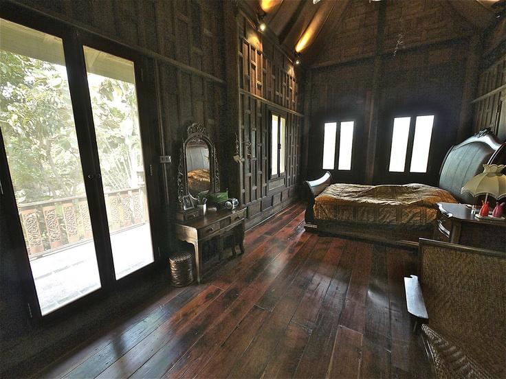 Wood bedroom @ JNAG Thai House Resort