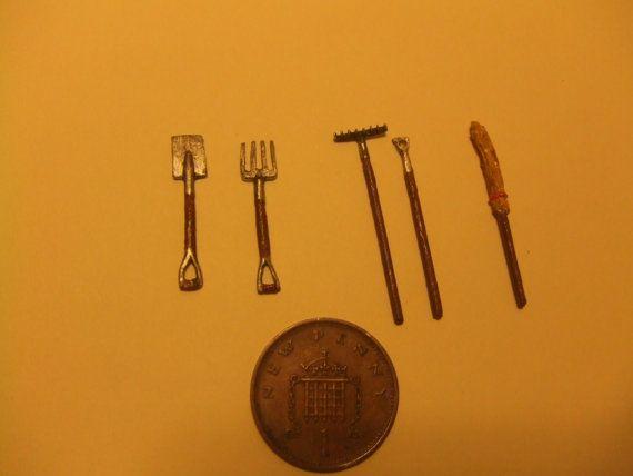 Quarter Scale, Garden Tools, 1/48th scale, Fork, Spade, Victorian Garden, 1/4…
