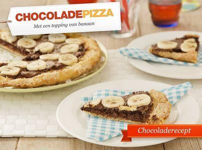 Chocolade pizza. Ga voor het recept naar de site van Koopmans:  http://www.koopmans.com/recepten/koopmans-recepten/pizza/chocolade-pizza/