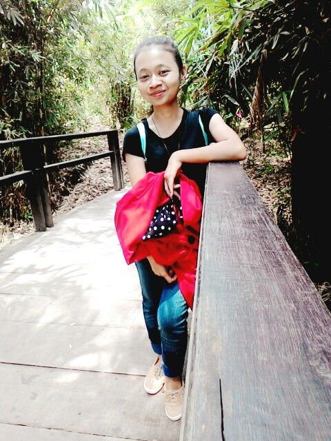 Ngetrip with someone and family