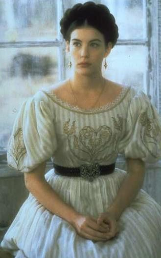 Onegin (1999), by Martha Fiennes, a story set in early 1830s with Liv Tyler as Tatyana. Costume design: John Bright and Chloé Obolensky.