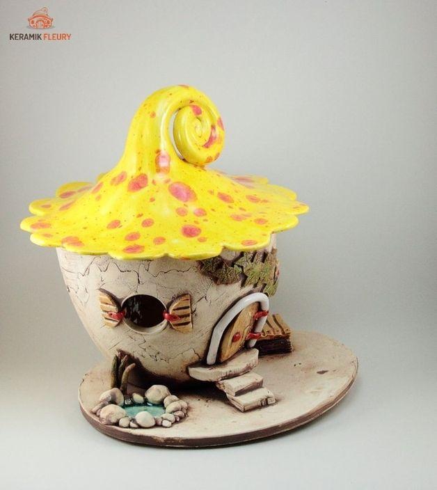 Windlichter - Keramik Lichthaus Windlicht Maxi Gartenkeramik - ein Designerstück von kreativwerkstatt-fleury bei DaWanda