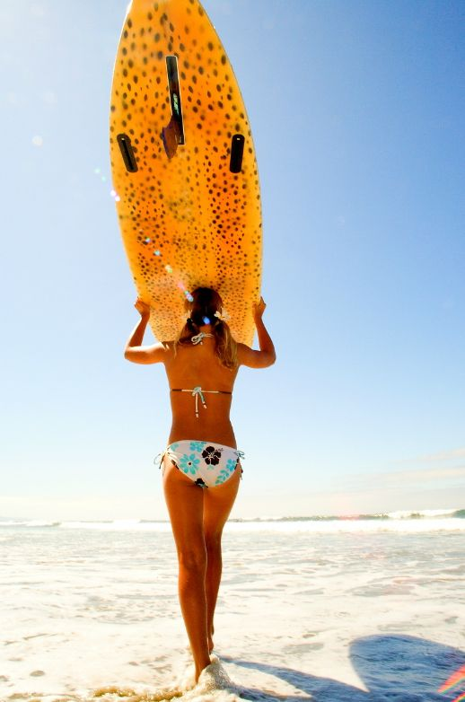 Get your surf on! Surf Tip >> Don't carry your board wax side down on your head. You'll end up with a wicked doo. @SwellWomen Surf and Yoga