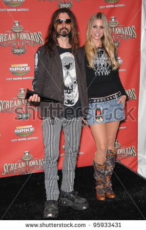 stock-photo-rob-zombie-wife-sheri-moon-zombie-at-the-spike-tv-scream-awards-at-the-pantages-theatre-95933431.jpg (299×470)