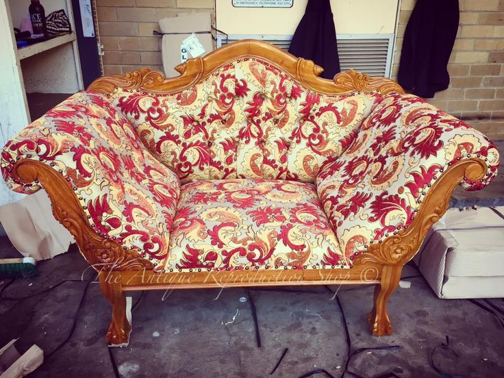 Bold fabric pattern. Autumnal colours. Antique style.