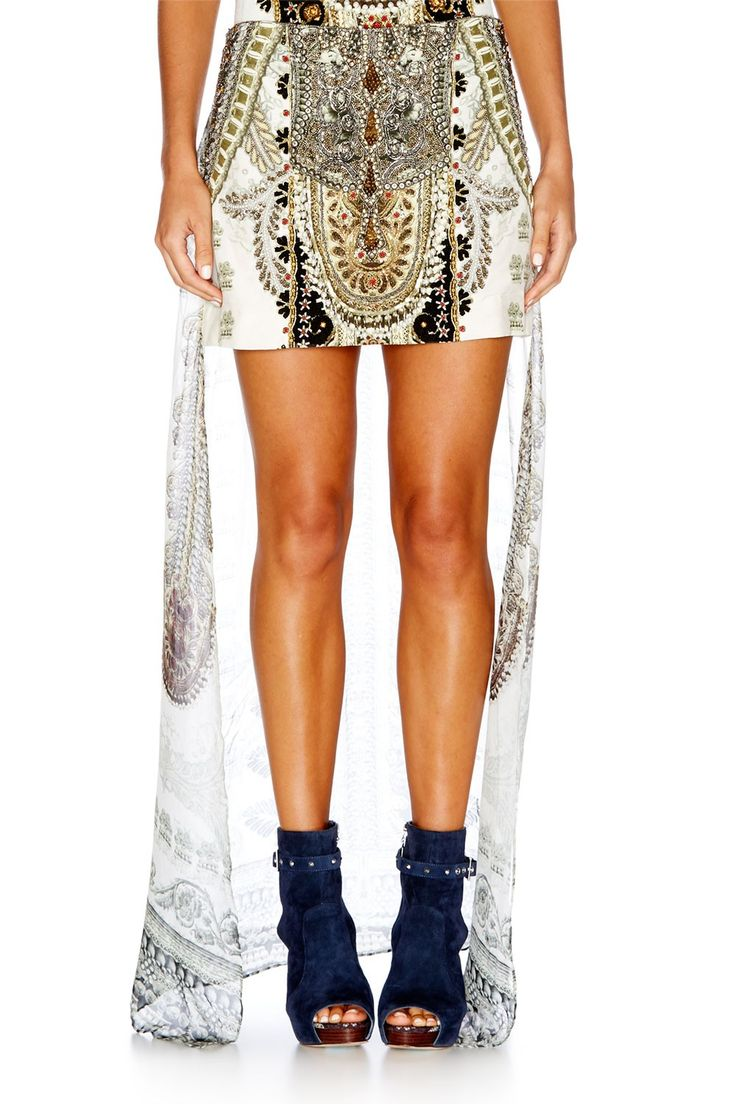 COATS OF LIGHT SHORT SKIRT W/ LONG BACK - All - Collection | CAMILLA