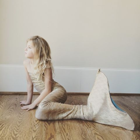 Candace Creations: DIY Mermaid Tail with Monofin (made out if craft foam and an old Tupperware lid!)