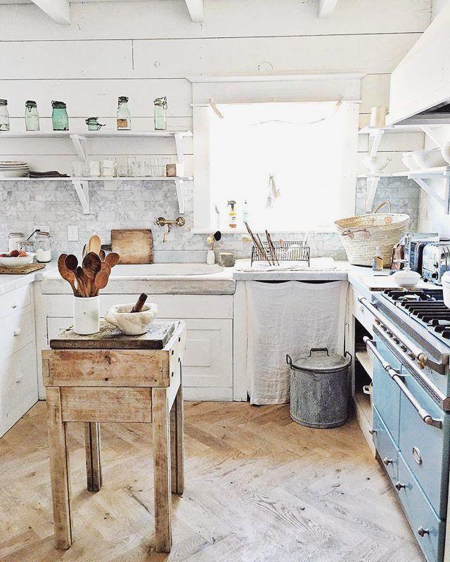 La cucina de #ilCottagechevorrei dovrebbe essere esattamente così…